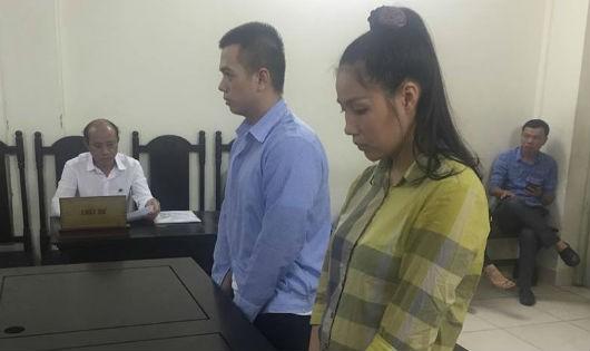 Bị cáo Khương và Tuấn tại tòa