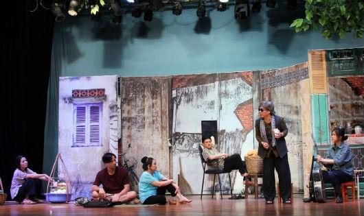 """Vở """"Sài Gòn có một ngã tư"""" gây ấn tượng bởi câu chuyện nhân văn"""