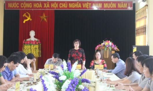 Thứ trưởng Đặng Hoàng Oanh làm việc với Sở Tư pháp, Cục THADS Tuyên Quang