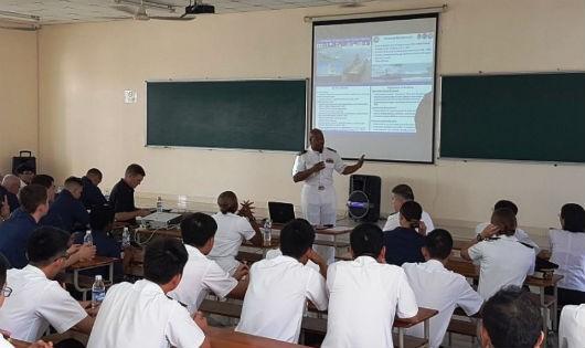 'Sân chơi trí tuệ' nhằm đẩy mạnh dạy, học tiếng Anh trong các trường Quân đội: