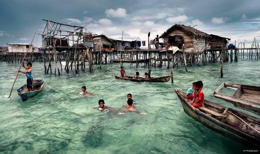 Một ngôi làng trên biển