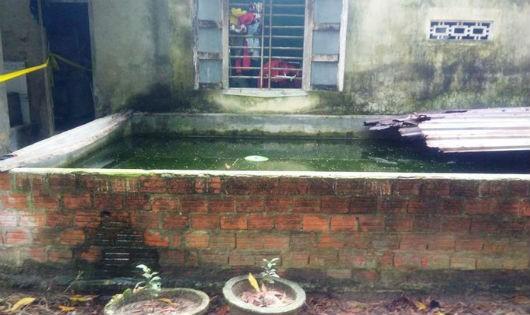 Bể nước nơi cháu bé tử vong