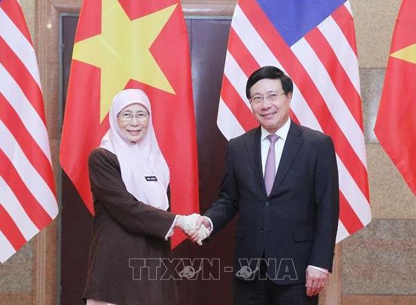Malaysia sẽ tiếp tục tạo điều kiện thuận lợi cho người Việt Nam