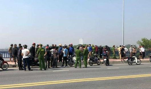 Lực lượng chức năng đang tìm kiếm nạn nhân