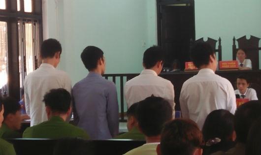 Bốn bị cáo bị tuyên phạt tổng mức án 57 năm tù