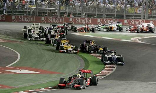 Kỳ công chuẩn bị đường đua F1 ở quốc đảo Singapore