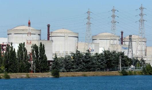 Nhà máy điện hạt nhân ở Tricastin, Pháp
