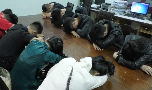 Bắt nhóm thanh niên mở tiệc ma túy mừng đội tuyển Việt Nam vô địch AFF Cup