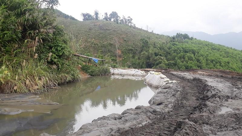 Bất cập tại các mỏ khai thác khoáng sản ở Nghệ An (Bài 2) Kết quả tốt trên giấy tờ, thực tế vẫn ô nhiễm