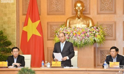 Thủ tướng nghe 'hiến kế' để ổn định kinh tế vĩ mô