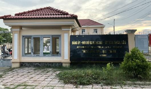 Bí thư thị trấn bị khai trừ Đảng vì đi nước ngoài 'quên' báo cáo