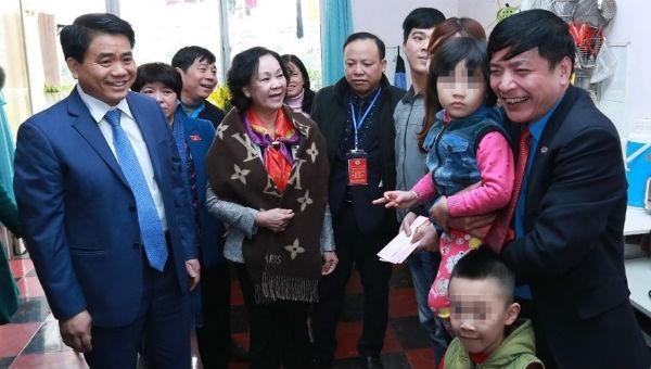 Hàng trăm nghìn công nhân Hà Nội thụ hưởng chương trình chăm lo Tết