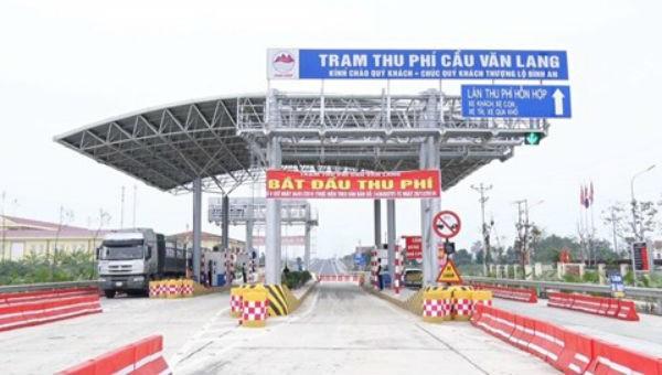 Ngày 4/1 chính thức thu tiền dịch vụ sử dụng đường bộ cầu Văn Lang