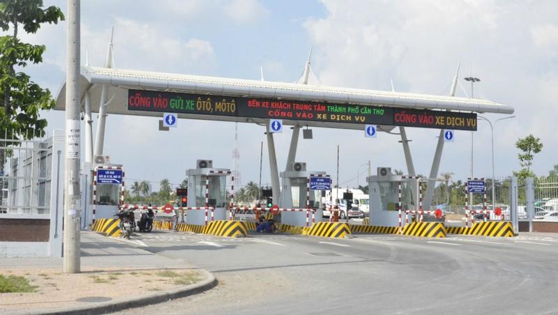 'Lùm xùm' việc thu phí dịch vụ xe ra, vào Bến xe khách Trung tâm TP Cần Thơ