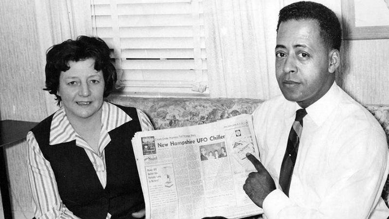 Vợ chồng bà Betty và ông Barney