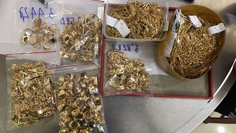 Nữ chủ tiệm bị người làm công trộm 450 lượng vàng nói gì?