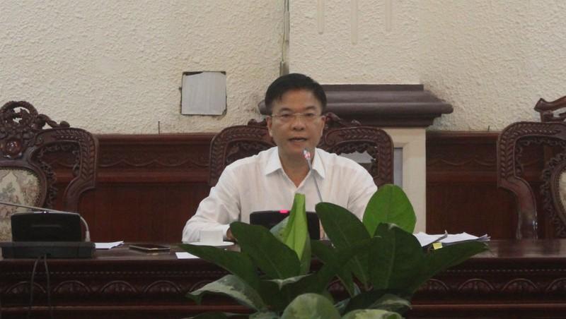 Bộ trưởng Lê Thành Long chủ trì cuộc họp.