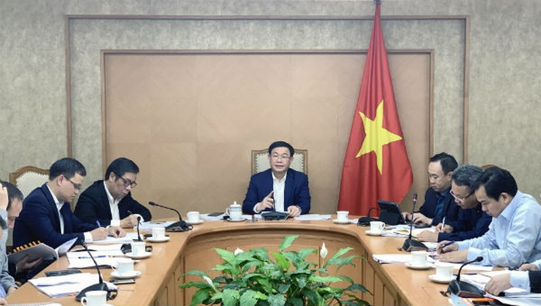 Lãnh đạo Chính phủ nghe báo cáo về hoạt động cho vay mới