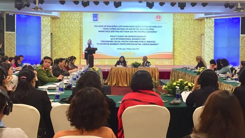 Hoàn thiện pháp luật để thúc đẩy phụ nữ tham gia thị trường lao động