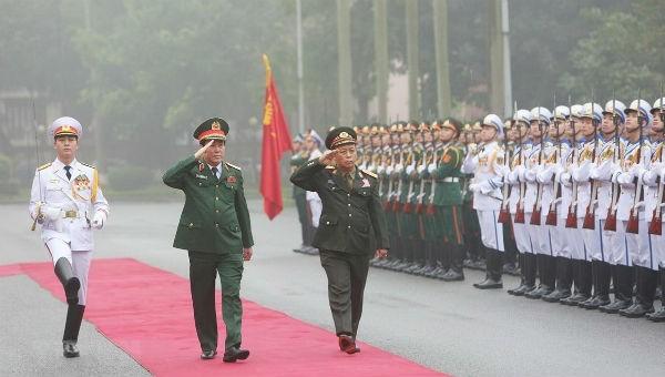 Đoàn đại biểu Chính trị cấp cao QĐND Lào thăm chính thức Việt Nam