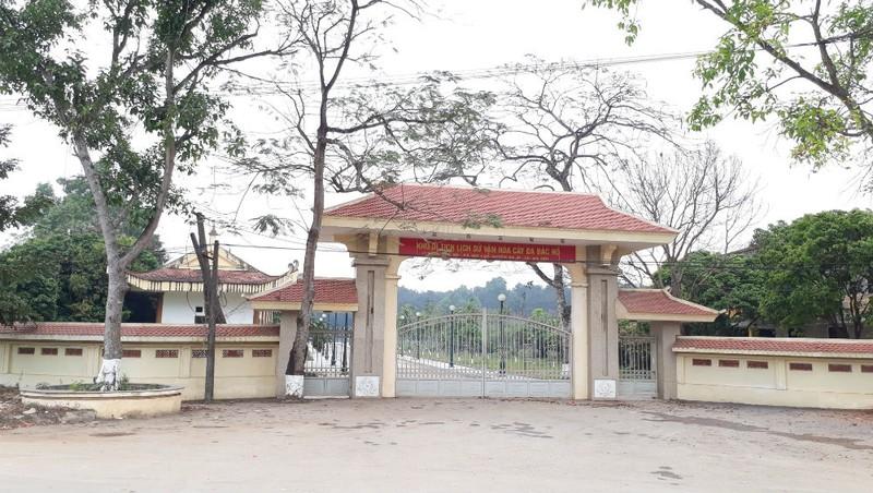 Khu di tích lịch sử văn hóa cây đa Bác Hồ tại xã Vật Lại