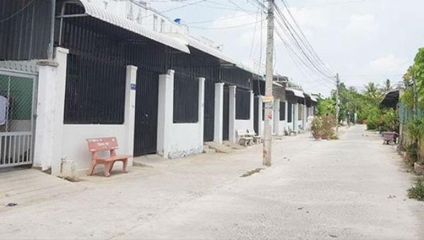 Một khu dân cư tự phát ở quận Bình Thủy.