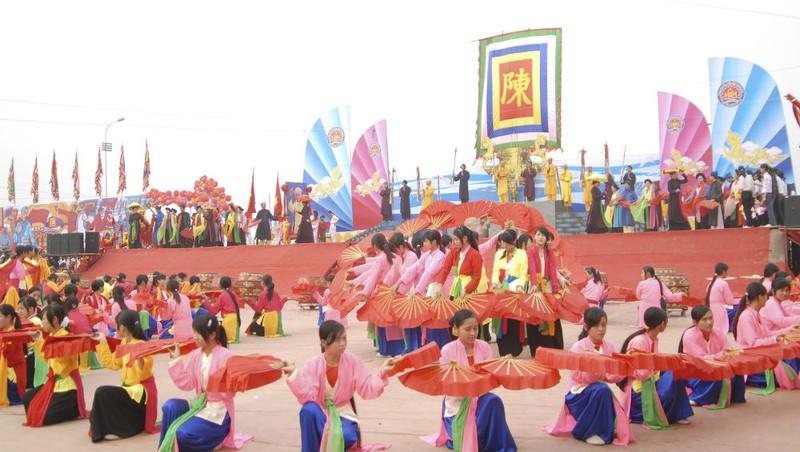 Lễ hội năm nay tiếp tục tuyên truyền, quảng bá rộng rãi một số di sản văn hóa nghệ thuật Việt Nam