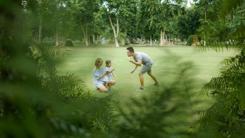 Ecopark được biết đến là một khu đô thị Xanh có môi trường sống gần gũi thiên nhiên, rất tốt cho sức khỏe, đặc biệt với các em nhỏ