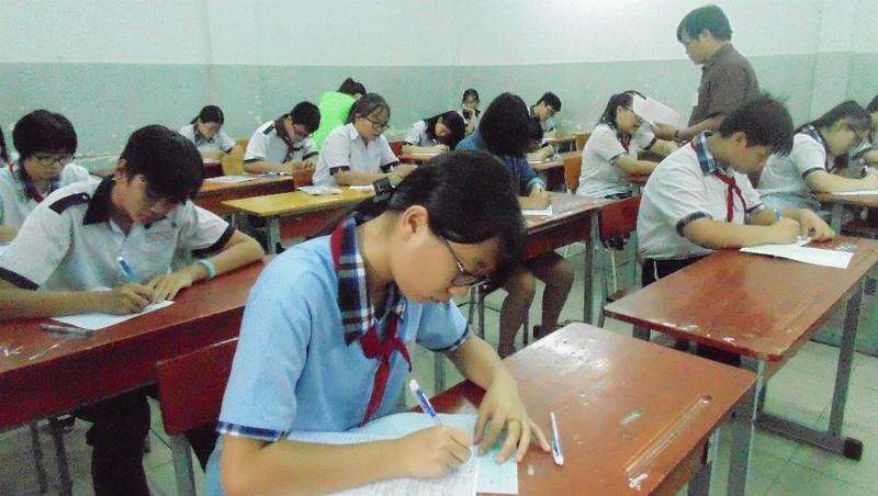 Kì thi lớp 10 Hà Nội - căng hơn vào đại học?