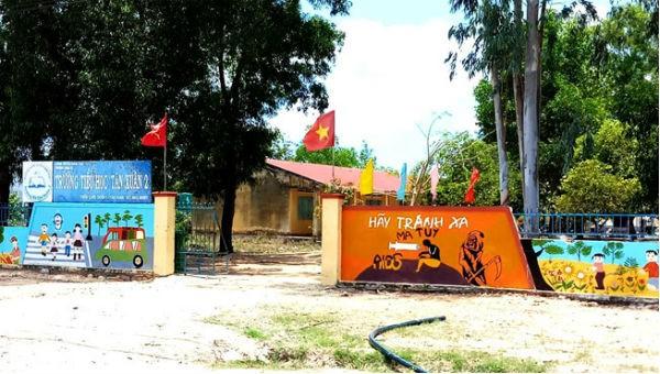 Trường Tiểu học Tân Xuân 2, nơi thầy giáo dâm ô nhiều nữ sinh.