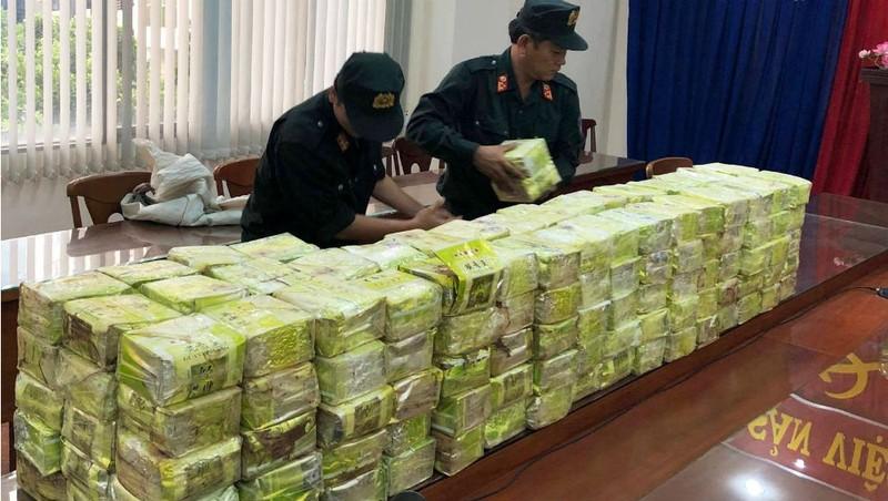 Bắt giữ hơn 1 tấn ma túy đá tại TP.HCM hồi đầu tháng 4