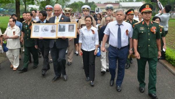 """Hơn 1.000 người dự Lễ tưởng niệm """"Binh đoàn Bất tử"""" tại Hà Nội"""