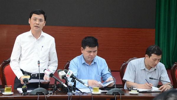 Chánh Văn phòng, Người phát ngôn UBND TP Hà Nội Phạm Quý Tiên trả lời tại buổi họp báo.
