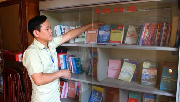 Bộ Tư pháp hướng dẫn xây dựng, khai thác Tủ sách pháp luật