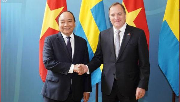 Thủ tướng Nguyễn Xuân Phúc và Thủ tướng Thụy Điển Stefan Löfven. Ảnh VGP