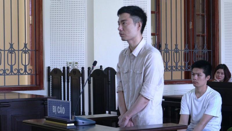 Bị cáo Trần Đình Hữu tại phiên tòa.