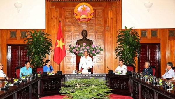 Phó Thủ tướng Thường trực Chính phủ Trương Hòa Bình phát biểu tại buổi tiếp. Ảnh: VGP/Lê Sơn