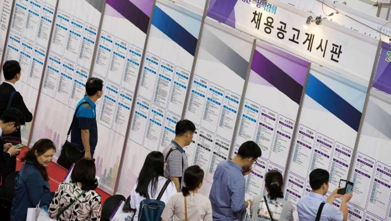 """Hàn Quốc: Chương trình trợ cấp """"sống vì đam mê"""" cho người thất nghiệp"""