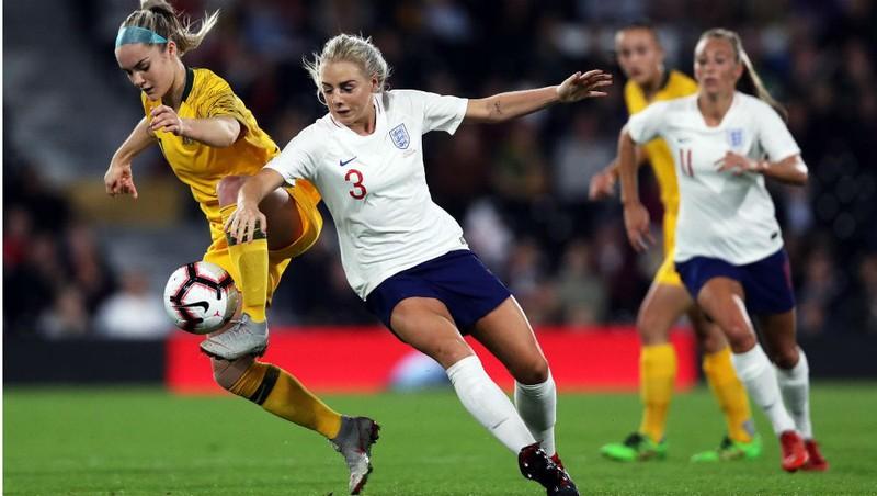Cúp bóng đá nữ thế giới ra đời chậm hơn Cúp bóng đá nam thế giới 61 năm
