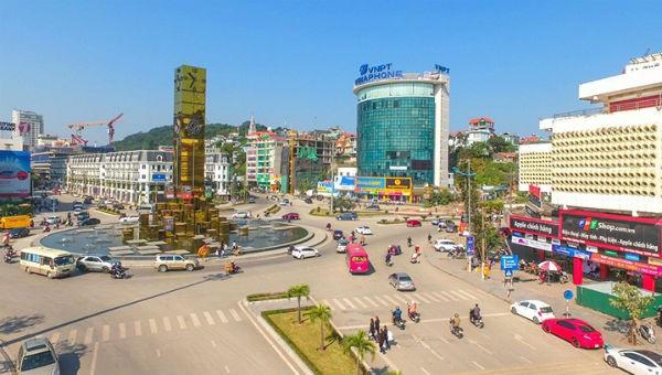 Quảng Ninh thí điểm kết nối với nhân dân bằng phần mềm công nghệ