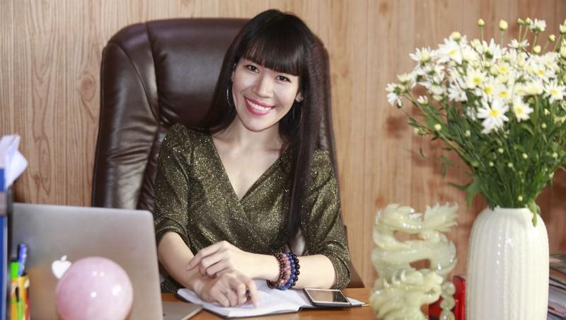 Bà Hồ Trần Phương Nga.