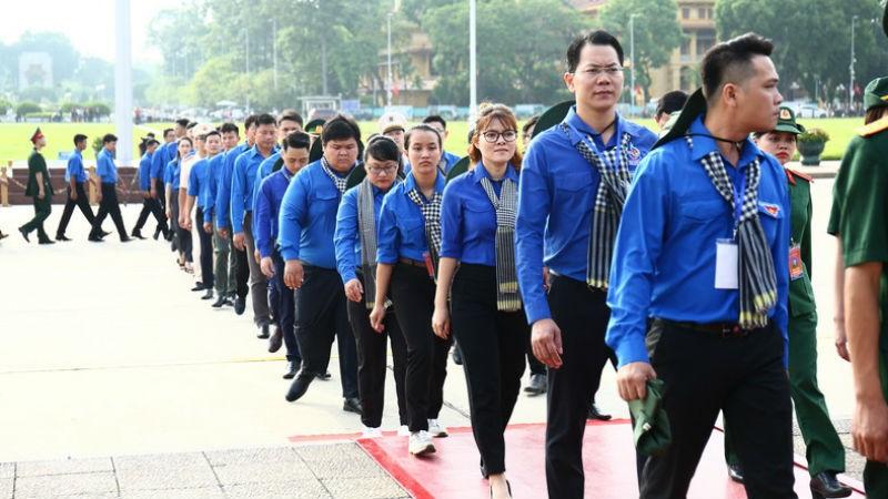 """Một hoạt động của Chương trình """"Tuổi trẻ Việt Nam nhớ lời Di chúc theo chân Bác""""."""
