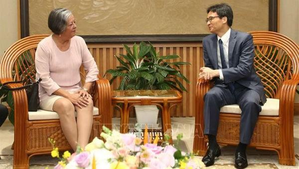 Phó Thủ tướng Vũ Đức Đam tại buổi tiếp Bộ trưởng Bộ Lao động và An sinh xã hội Cuba Margarita M.Gonzalez Fernandez.