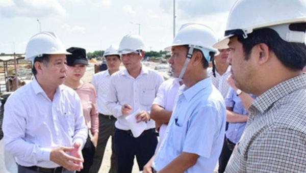Chủ tịch UBND tỉnh Phan Ngọc Thọ yêu cầu các đơn vị đẩy nhanh tiến độ, sớm bàn giao mặt bằng