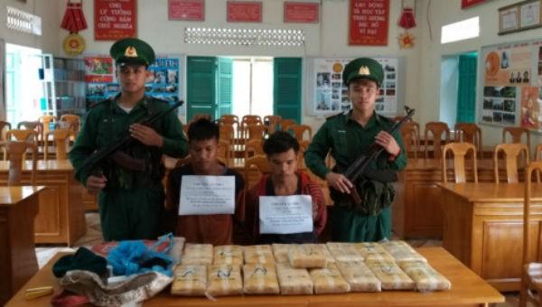 Phá dường dây ma túy từ Lào, thu giữ 100.000 viên ma túy tổng hợp