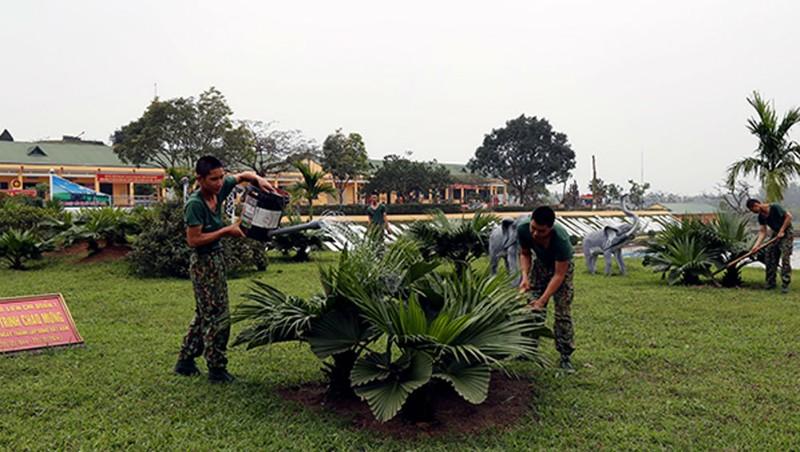 Toàn quân tích cực xây dựng doanh trại xanh, sạch, đẹp