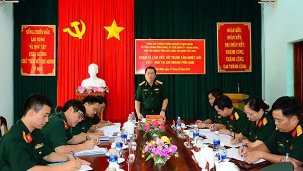 Thượng tướng Nguyễn Trọng Nghĩa chủ trì buổi làm việc.