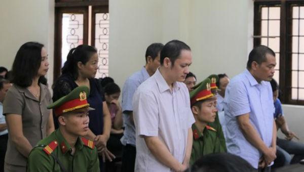 Tuyên phạt các bị cáo trong vụ gian lận điểm thi ở Hà Giang