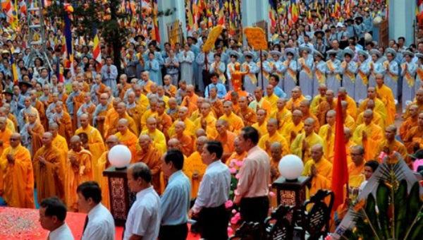 Khoảng 95% dân số Việt Nam có niềm tin tín ngưỡng, tôn giáo