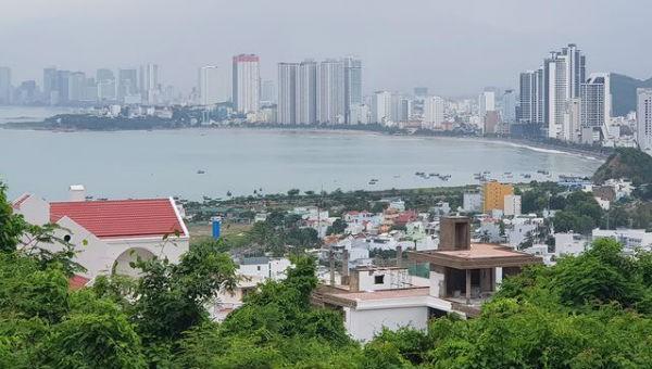Khu biệt thự Đường Đệ trên khu vực núi Cô Tiên (phường Vĩnh Hòa, TP Nha Trang). Ảnh Dân trí.